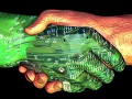 U budućnosti će čovek i robot raditi zajedno